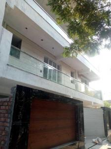 Gallery Cover Image of 2000 Sq.ft 4 BHK Independent Floor for buy in Sector 48 for 15000000
