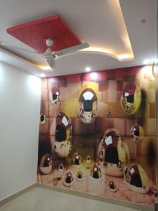 Gallery Cover Image of 750 Sq.ft 3 BHK Independent Floor for buy in Uttam Nagar for 3500000