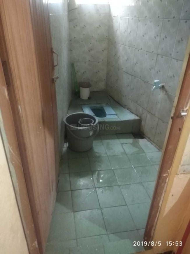Bathroom Image of 500 Sq.ft 1 RK Independent Floor for rent in Anna Nagar West Extension for 3500