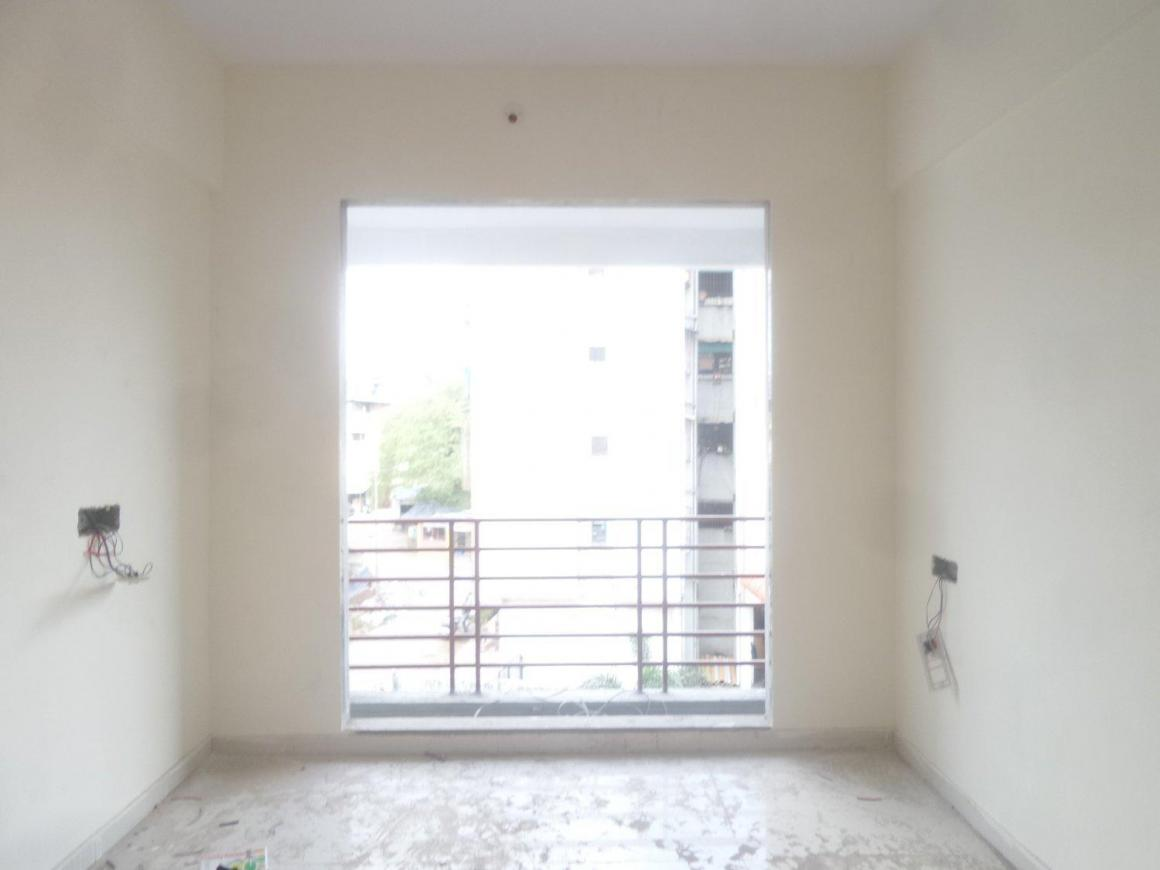 Living Room Image of 650 Sq.ft 2 BHK Apartment for buy in Greater Khanda for 3800000