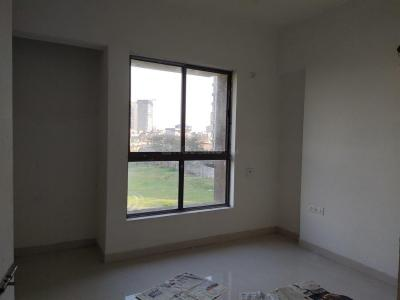 Gallery Cover Image of 1000 Sq.ft 2 BHK Apartment for rent in Tangra for 20000