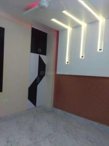 Gallery Cover Image of 1100 Sq.ft 3 BHK Apartment for rent in Mahavir Enclave for 17000