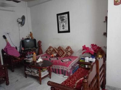 Gallery Cover Image of 850 Sq.ft 2 BHK Apartment for rent in Tollygunge for 16000