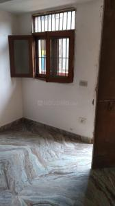 Gallery Cover Image of 600 Sq.ft 3 BHK Independent Floor for rent in Sangam Vihar for 7500