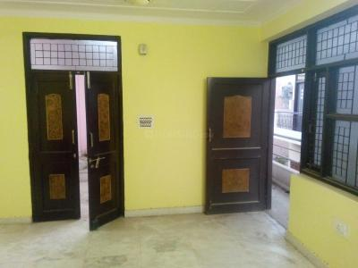Gallery Cover Image of 990 Sq.ft 2 BHK Independent Floor for buy in Vishnu Garden for 5200000
