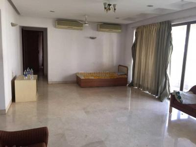 Gallery Cover Image of 1850 Sq.ft 3 BHK Independent Floor for rent in Bandra East for 150000