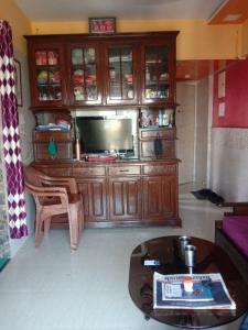 Gallery Cover Image of 400 Sq.ft 1 BHK Apartment for buy in Kandivali West for 6000000
