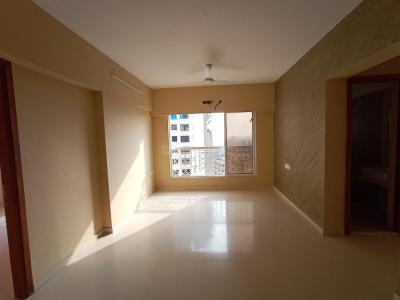 Gallery Cover Image of 900 Sq.ft 2 BHK Apartment for buy in Romell Empress C Wing, Borivali West for 15600000