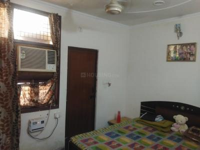 Gallery Cover Image of 630 Sq.ft 2 BHK Independent House for rent in Dwarka Mor for 9500