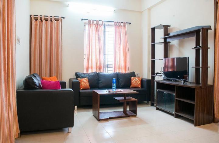 जेपी नगर में गर्ल्स पीजी के लिविंग रूम की तस्वीर