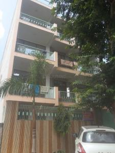 Building Image of Sr PG in Beta I Greater Noida