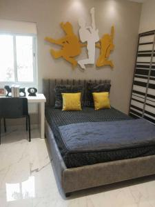 Gallery Cover Image of 766 Sq.ft 2 BHK Apartment for buy in New Alipore for 6300000