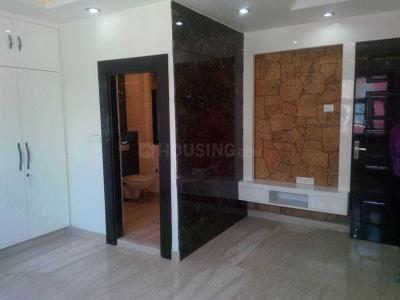 Gallery Cover Image of 2000 Sq.ft 3 BHK Apartment for rent in Sector 19 Dwarka for 45000