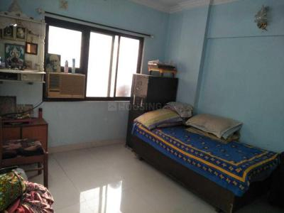 Gallery Cover Image of 550 Sq.ft 1 BHK Apartment for rent in Kandivali West for 25000