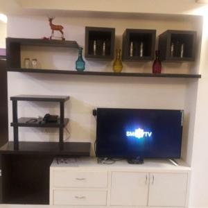 Gallery Cover Image of 1420 Sq.ft 3 BHK Apartment for rent in Assotech Windsor Greens Apartment, Sector 50 for 25000