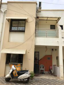 Gallery Cover Image of 1100 Sq.ft 3 BHK Independent House for buy in Akshar Vintage, Ratanpur for 4100000
