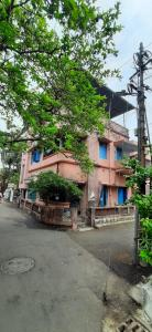 Gallery Cover Image of 3000 Sq.ft 6 BHK Independent House for buy in Behala for 9000000