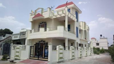 Gallery Cover Image of 856 Sq.ft 2 BHK Independent Floor for buy in Chansandra for 4456000