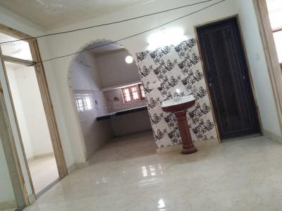 Gallery Cover Image of 1050 Sq.ft 2 BHK Independent House for rent in Dwarka Mor for 11000