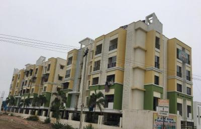 Gallery Cover Image of 875 Sq.ft 2 BHK Apartment for rent in Iyyappanthangal for 17000