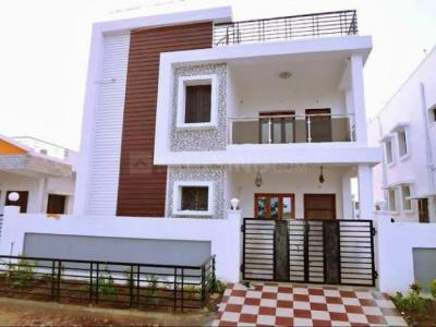 Gallery Cover Image of 1500 Sq.ft 3 BHK Villa for buy in Thalambur for 7500000