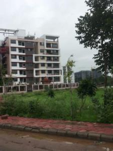 Gallery Cover Image of 2100 Sq.ft 4 BHK Apartment for buy in Nipania for 6500000