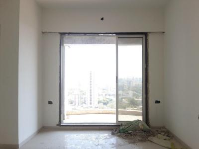 Gallery Cover Image of 1050 Sq.ft 2 BHK Apartment for rent in Dahisar East for 25000