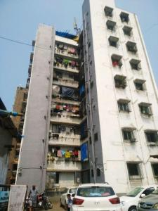Gallery Cover Image of 325 Sq.ft 1 RK Independent House for rent in Jogeshwari East for 14000