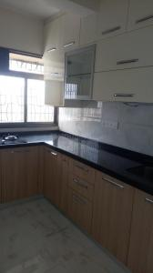 Gallery Cover Image of 650 Sq.ft 1 BHK Apartment for rent in Dadar West for 57000