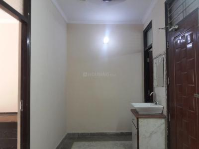 Gallery Cover Image of 500 Sq.ft 2 BHK Apartment for rent in Swasthya Vihar for 11000