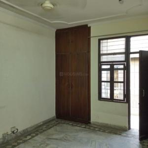 Gallery Cover Image of 1300 Sq.ft 2 BHK Apartment for rent in Jasola for 22000