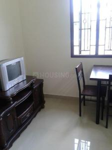 Gallery Cover Image of 700 Sq.ft 1 BHK Independent Floor for rent in Thoraipakkam for 14000