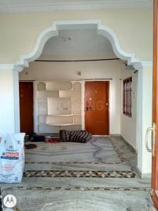 Gallery Cover Image of 1100 Sq.ft 2 BHK Independent Floor for rent in Kukatpally for 11000