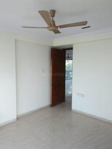 Gallery Cover Image of 1600 Sq.ft 3 BHK Apartment for rent in Juhu for 130000