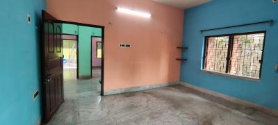 Gallery Cover Image of 1000 Sq.ft 3 BHK Independent Floor for rent in Behala for 12000