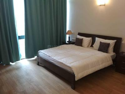 Gallery Cover Image of 2340 Sq.ft 3 BHK Apartment for rent in Sector 30 for 65000
