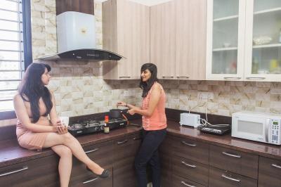Kitchen Image of Galleria Villa in DLF Phase 1