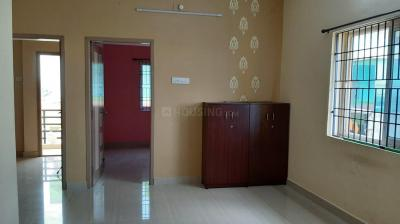 Gallery Cover Image of 960 Sq.ft 2 BHK Apartment for rent in Karappakam for 15000