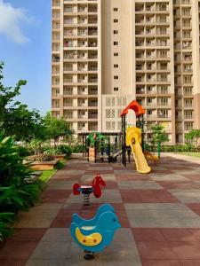 Gallery Cover Image of 1246 Sq.ft 2 BHK Apartment for rent in Indiabulls Greens, Kon for 10000