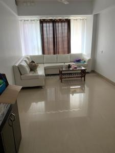 Gallery Cover Image of 640 Sq.ft 1 BHK Apartment for rent in Neptune Colorscape, Mulund West for 30000