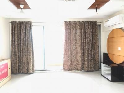 Gallery Cover Image of 1725 Sq.ft 3 BHK Apartment for rent in Mulund East for 60000