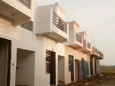 Gallery Cover Image of 450 Sq.ft 1 BHK Independent House for buy in Noida Extension for 1950000