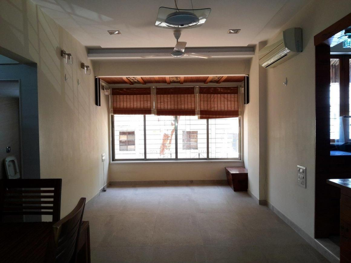 Living Room Image of 1150 Sq.ft 2 BHK Apartment for buy in Prabhadevi for 45000000