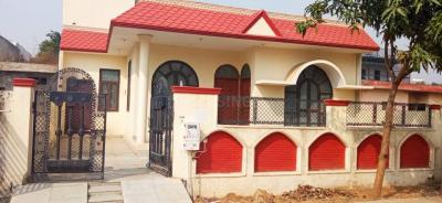 Gallery Cover Image of 1600 Sq.ft 3 BHK Independent House for rent in PI Greater Noida for 12000