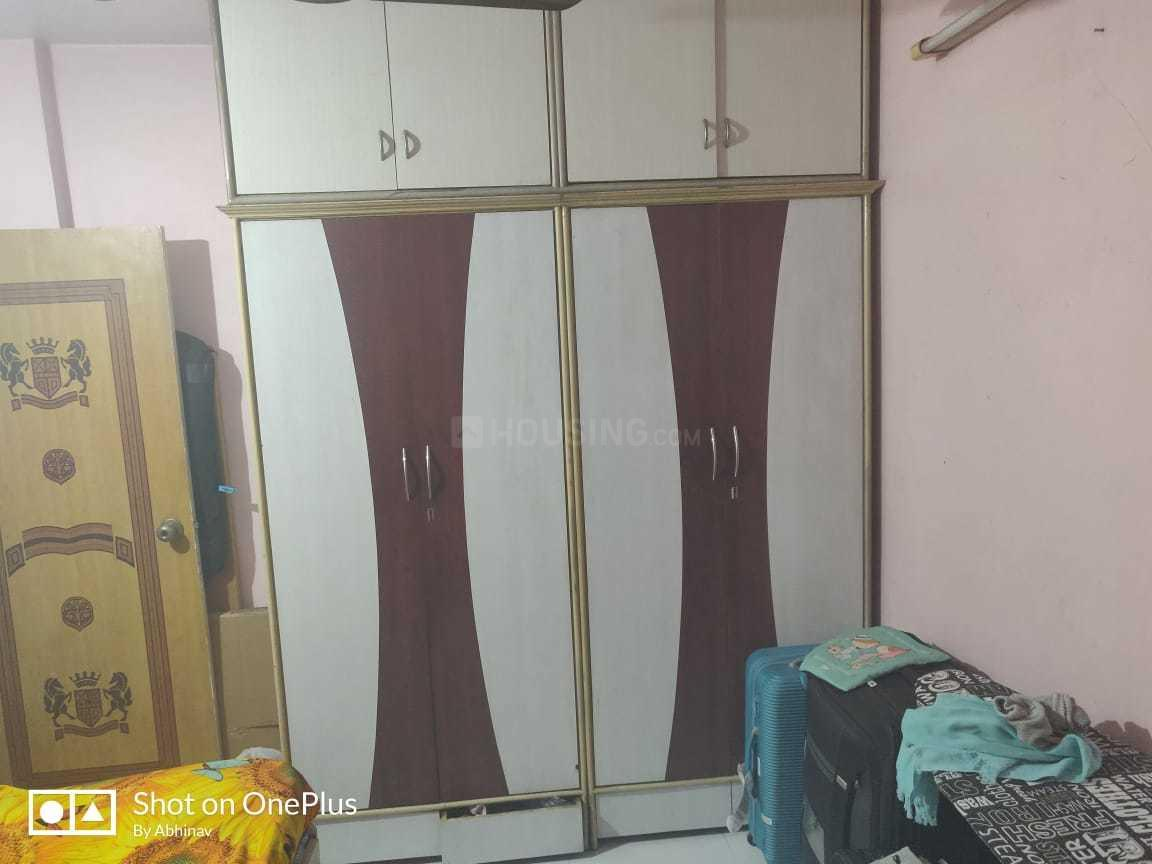 Bedroom Image of 900 Sq.ft 2 BHK Apartment for buy in Kopar Khairane for 9100000