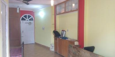 Gallery Cover Image of 350 Sq.ft 1 BHK Independent Floor for rent in Bakerganj for 8000