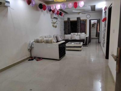 Gallery Cover Image of 1350 Sq.ft 3 BHK Apartment for rent in Paschim Vihar for 40000