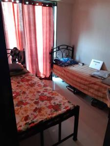 Bedroom Image of Rahul Hostel in Mulund West