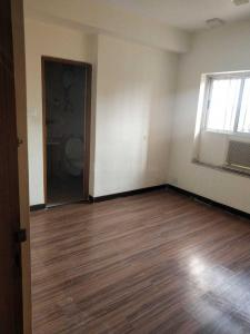 Gallery Cover Image of 1755 Sq.ft 3 BHK Apartment for rent in Shyambazar for 50000