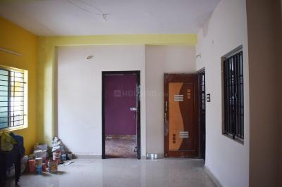 Gallery Cover Image of 700 Sq.ft 2 BHK Independent House for rent in Kolathur for 1000000